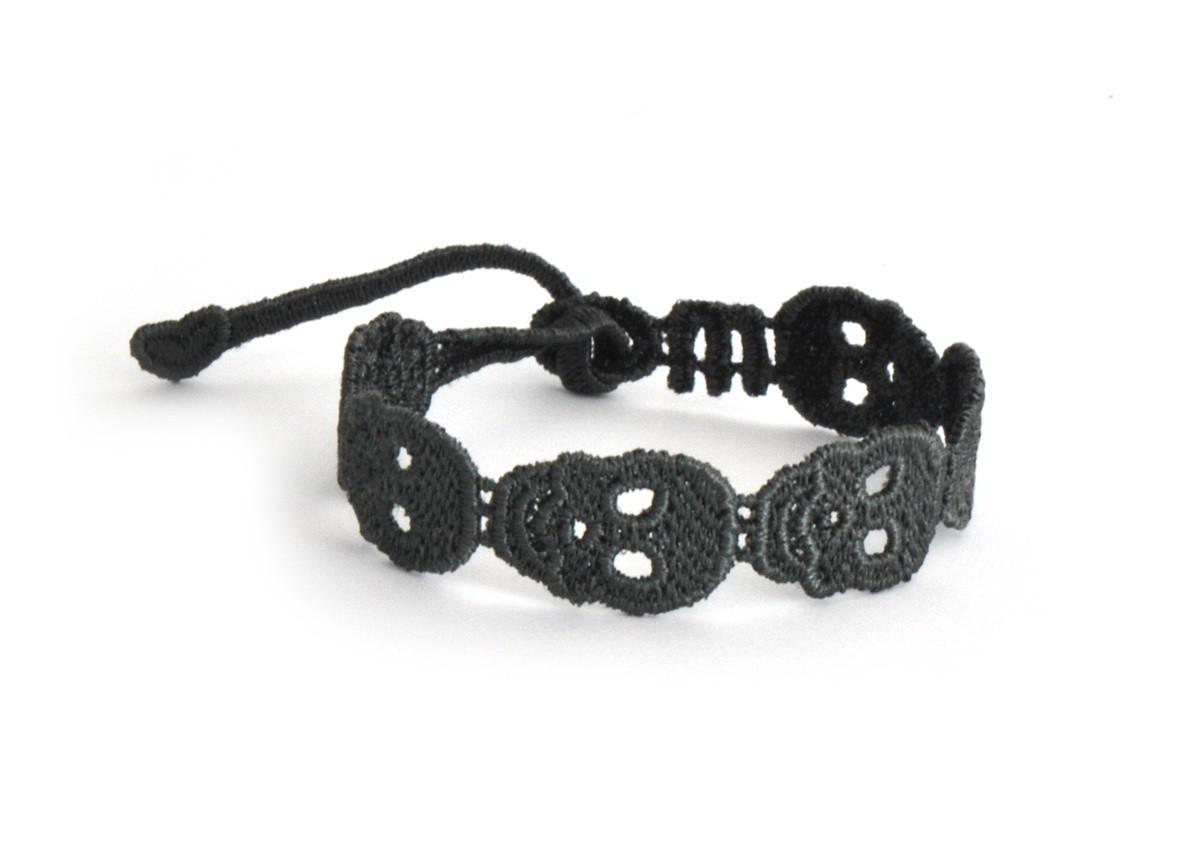 401bcf74f03b0 Skull Bracelet - missiu